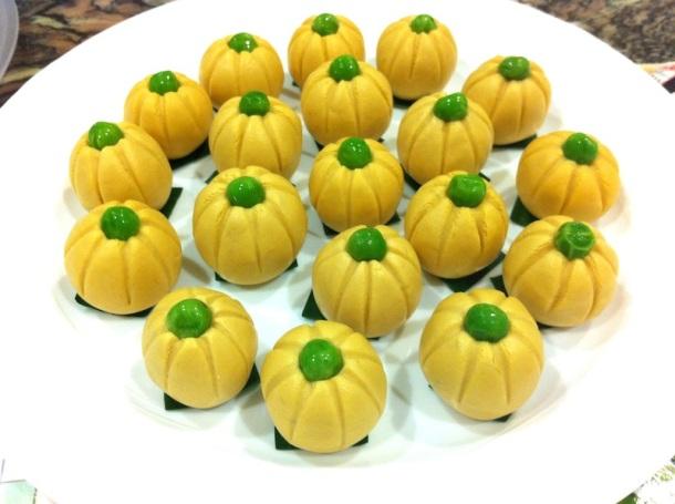 Pumpkin kuih | The Trishaw
