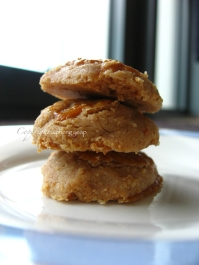 Peanut cookie - http://thetrishaw.com/2013/01/31/chinese-new-year-peanut-cookies/