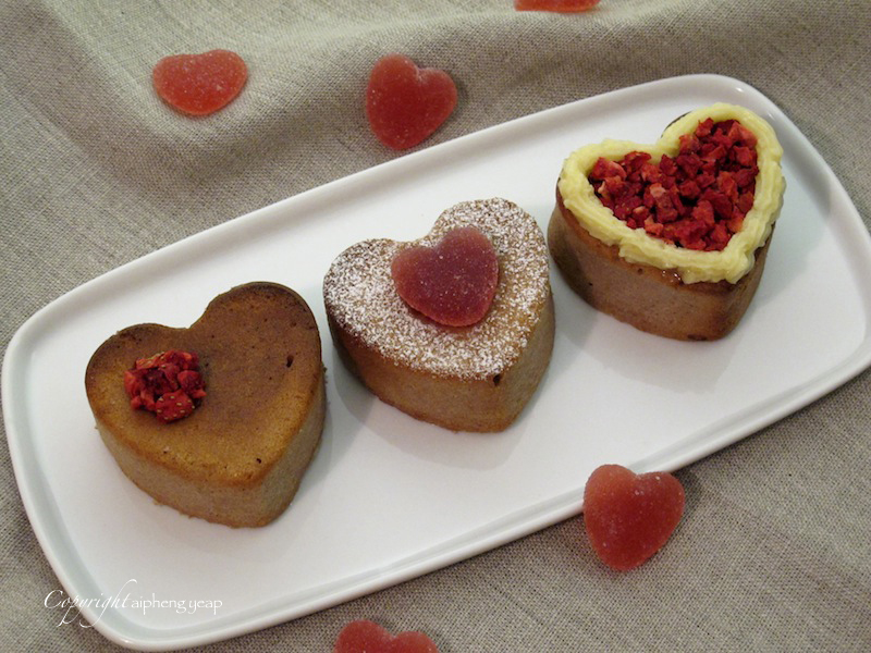 Raspberry heart cupcake 2 | The Trishaw
