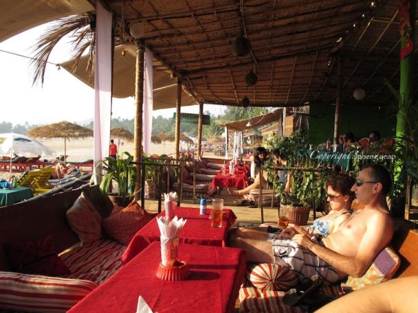 Chilis Grill & Bar Interior | The Trishaw