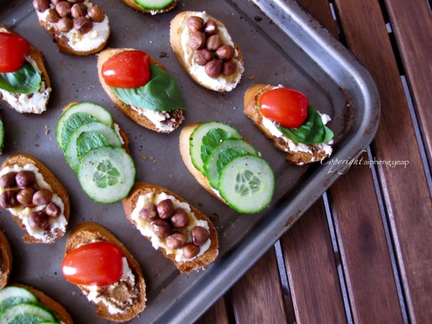 Ricotta Crostini 5 | The Trishaw