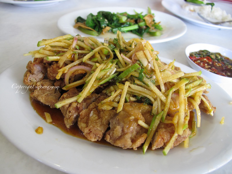 mango chicken is one of those chinese chicken dishes that i have not ...