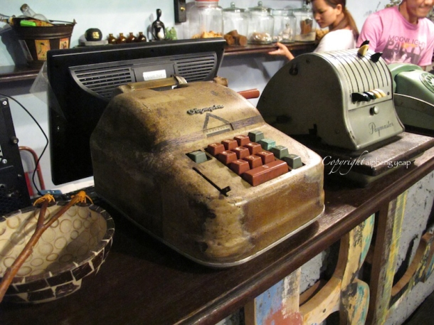 Antique calculator | The Trishaw