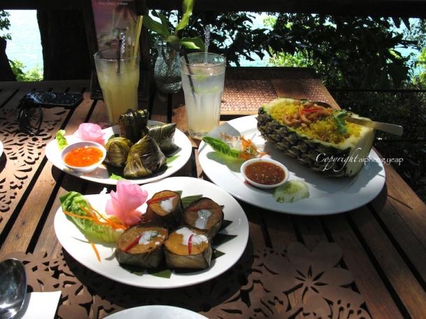 Thai Food at Tree Monkey   The Trishaw