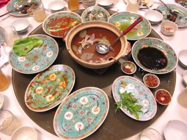 Empty plates | The Trishaw