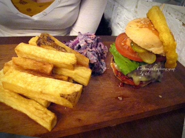 Burger | The Trishaw