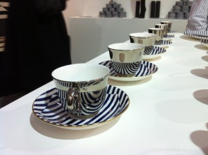 A reflective cup that mirrors the patterns from the saucer. A collaboration btw Richard Brendon & Patternity